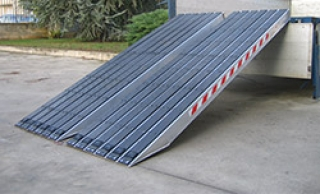 heavy loading ramps up to 30,000 kg